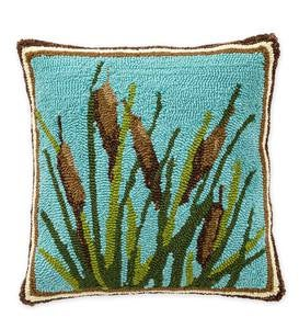 Indoor/Outdoor Hooked Cattail Throw Pillow
