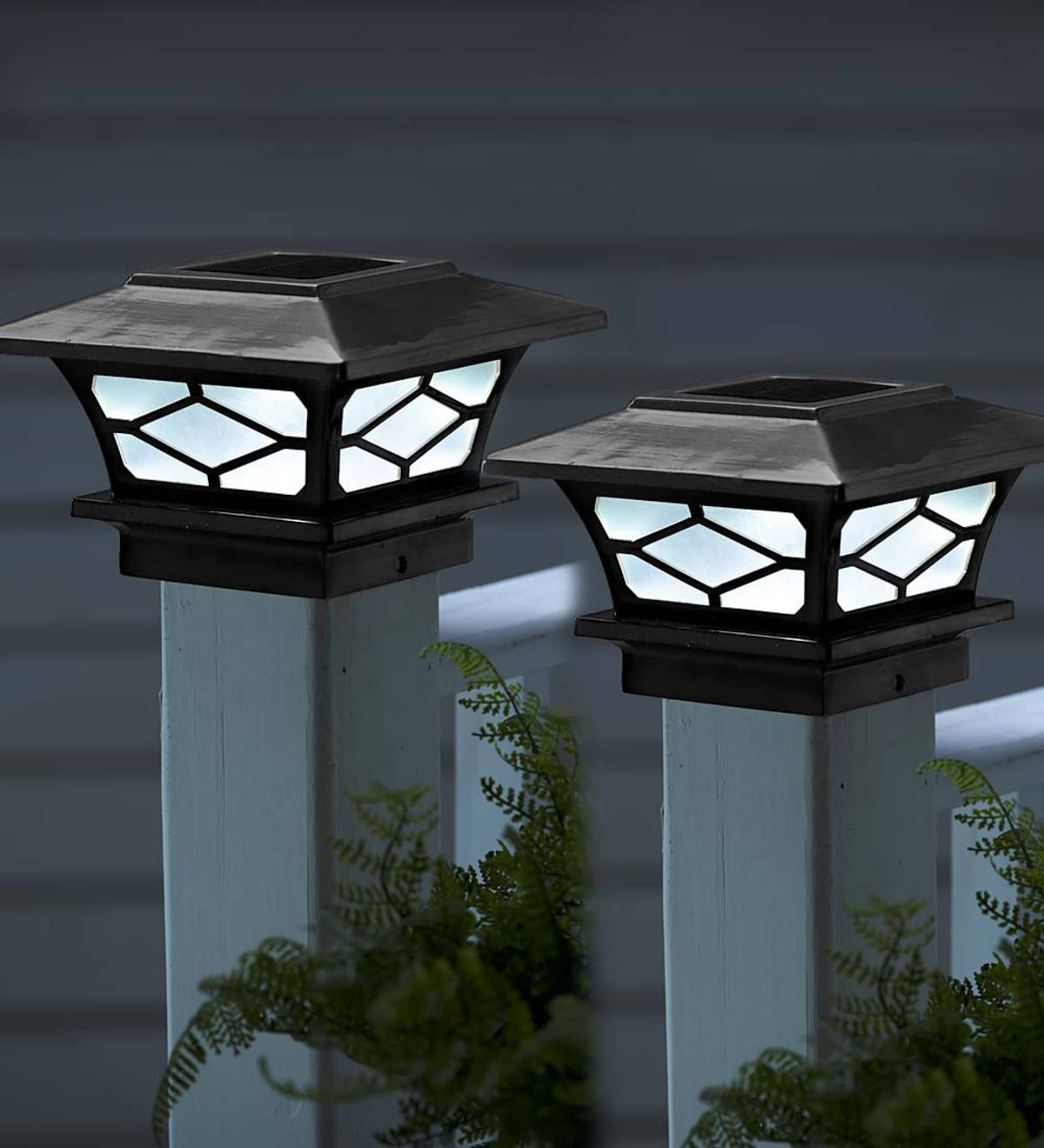 Clic Solar Post Cap Lights Set Of 2