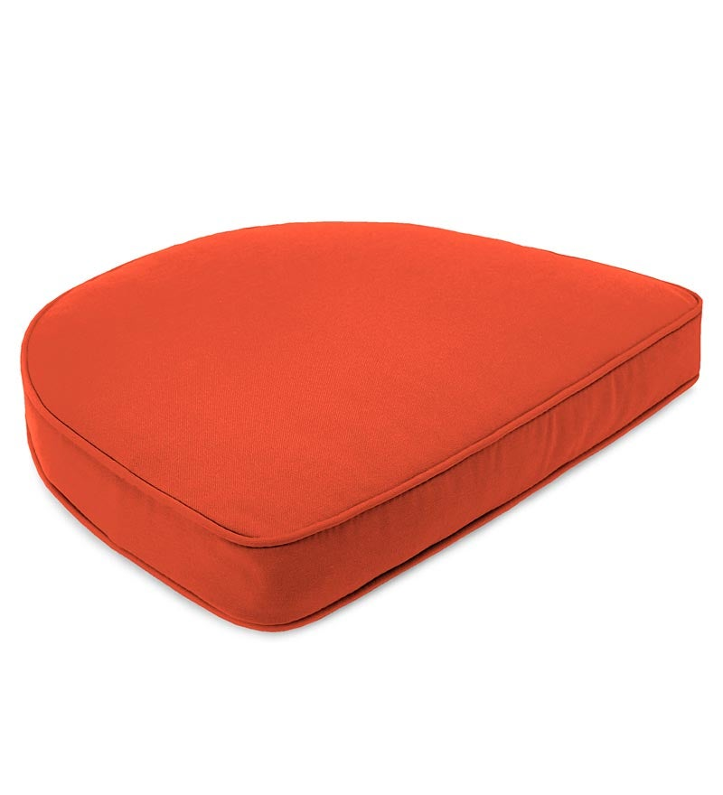 "Sunbrella Deluxe Chair Cushion With Rounded Back, 17½"" x 15½"" x 3"" swatch image"