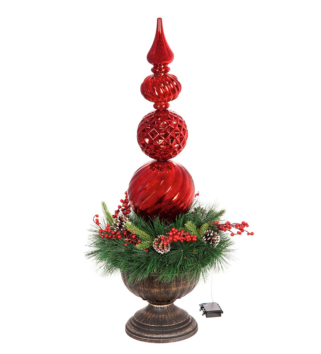 Indoor/Outdoor Shatterproof Lighted Ornament Stake with Wreath in Urn swatch image