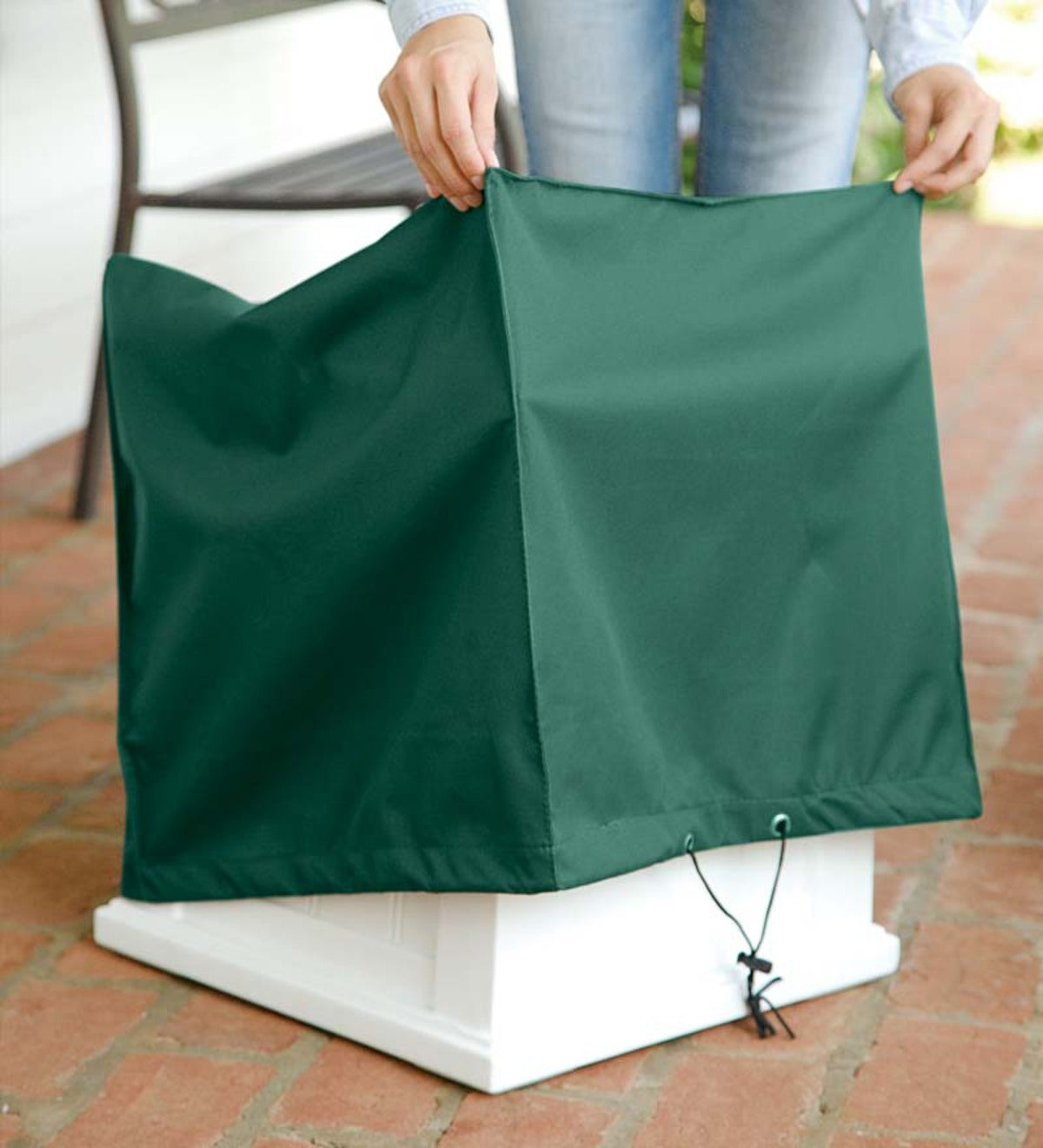 "All-Weather Classic 14""Square Planter Cover"