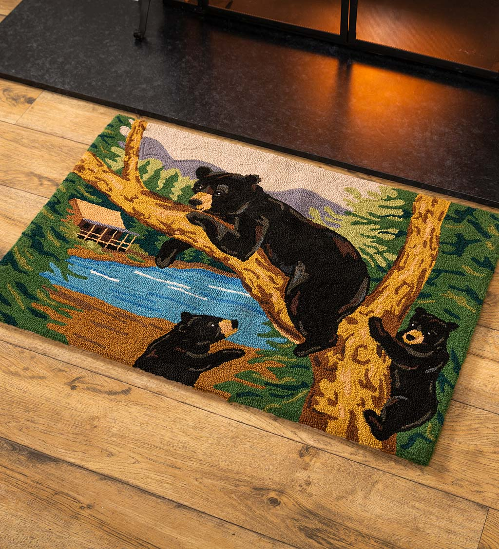 Black Bear And Two Cubs Hand-Hooked Wool Accent Rug