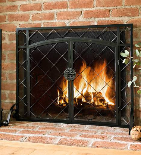 "39""W x 31""H 2-Door Celtic Knot Flat Fire Screen"