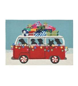 Indoor/Outdoor Happy Howlidays Dogs In Christmas Van Accent Rug