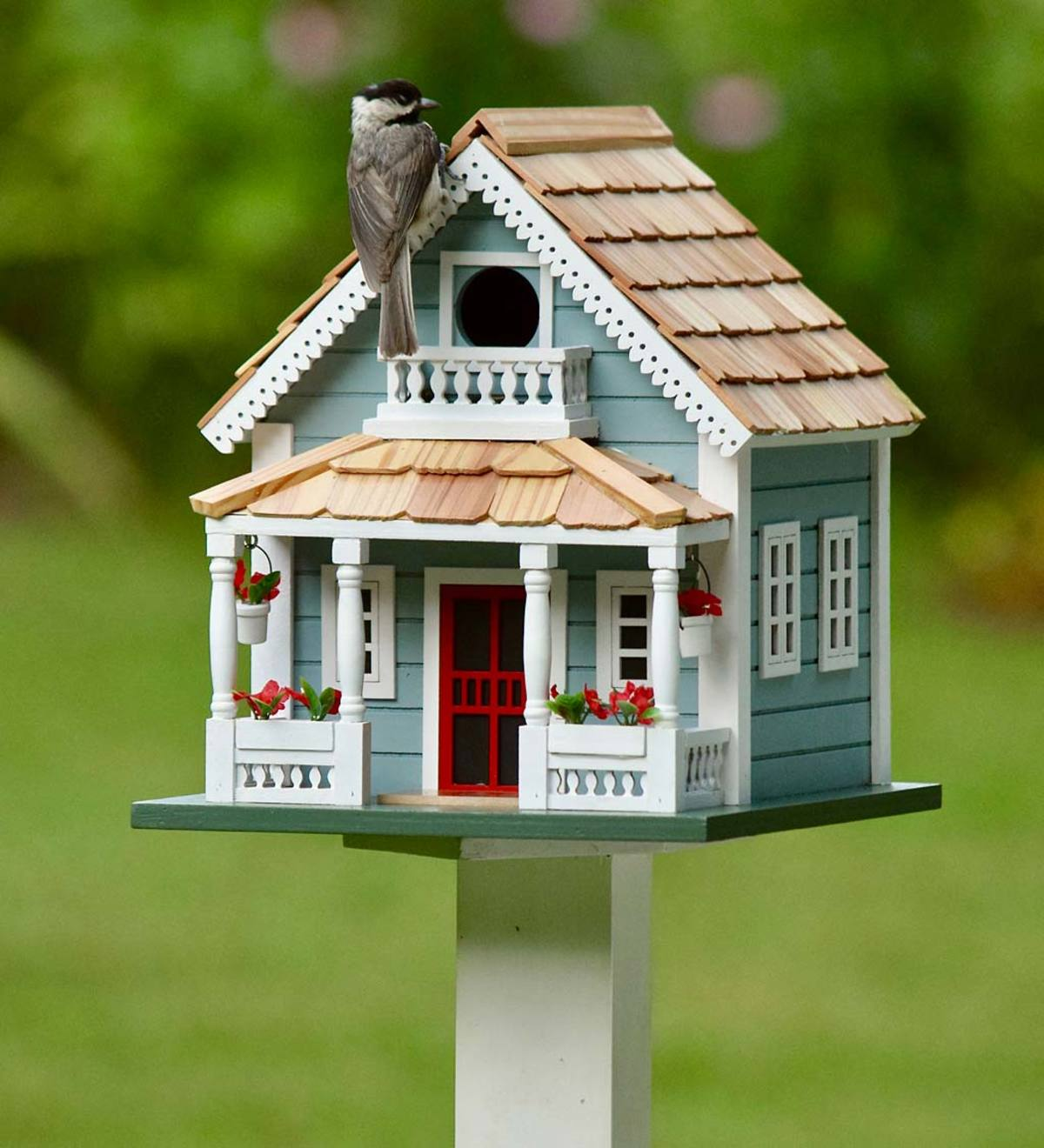 Welcome Home Wooden Birdhouse and Pedestal Pole Set