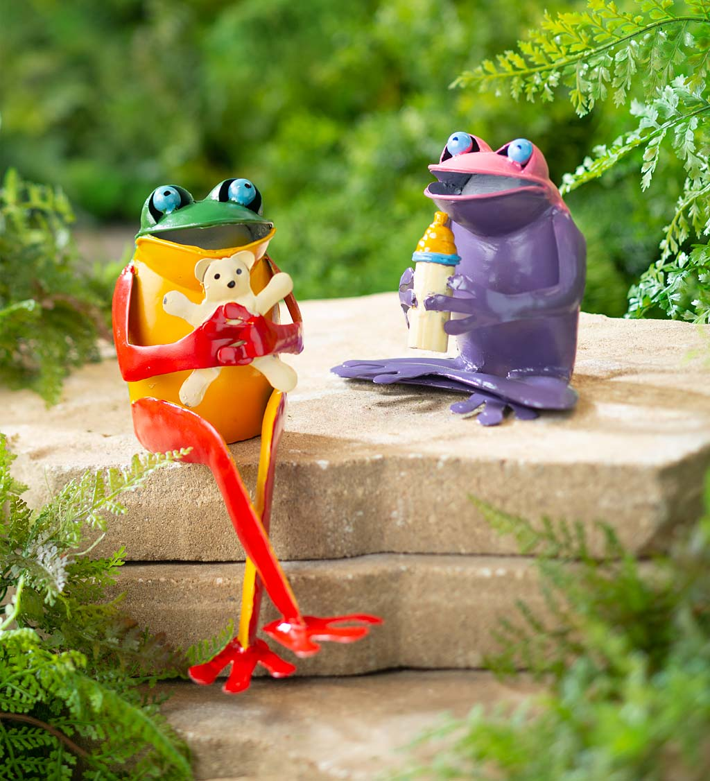 Recycled Metal Frog Family Garden Art Statues, Set of 4