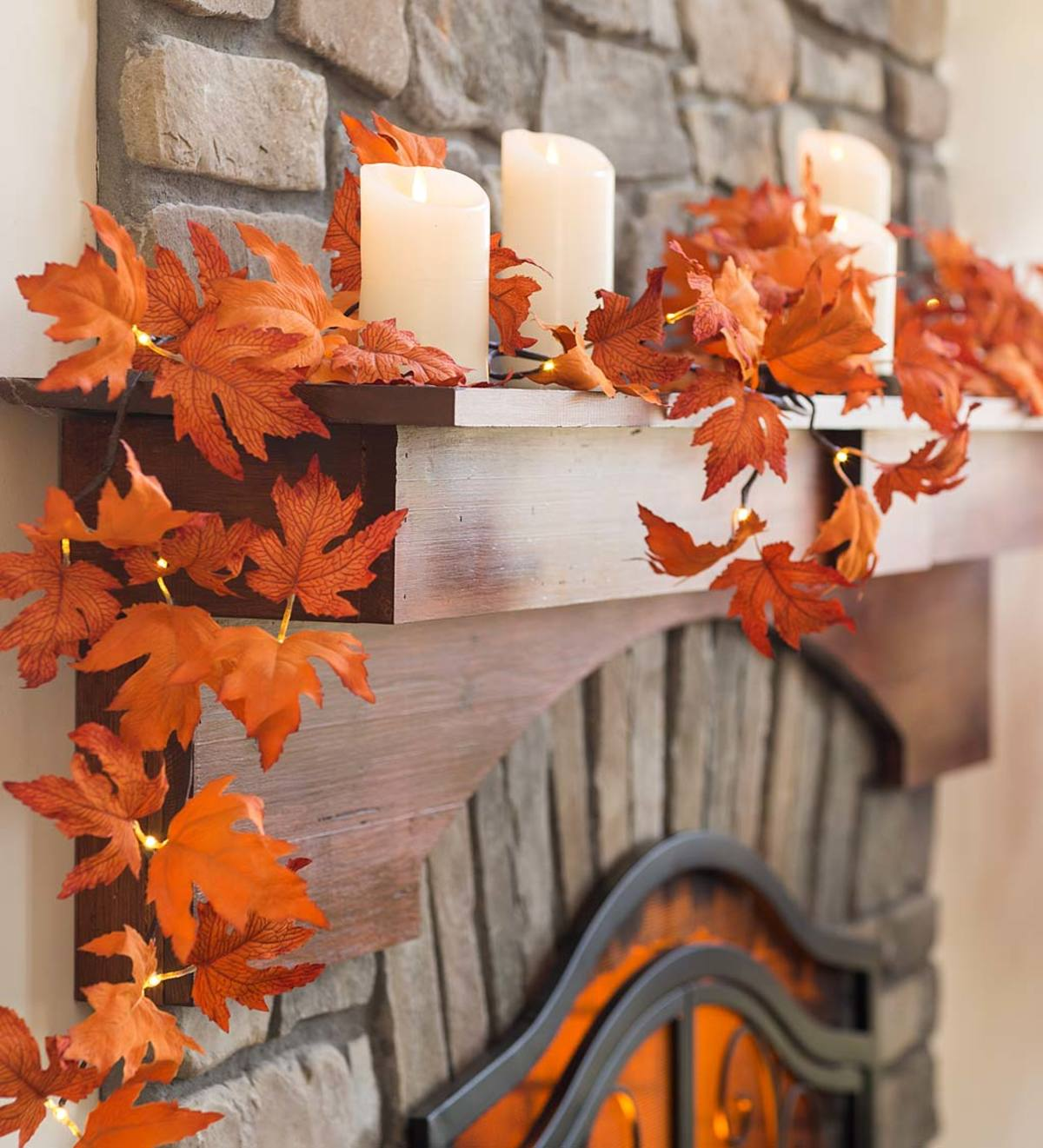 Indoor Outdoor Lighted Maple Leaf Garland With 24 Lights Plowhearth