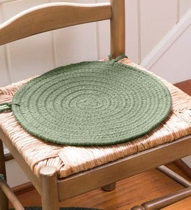 "Solid Color Country Classic Braided Polypropylene Chair Pad, 15"" dia."