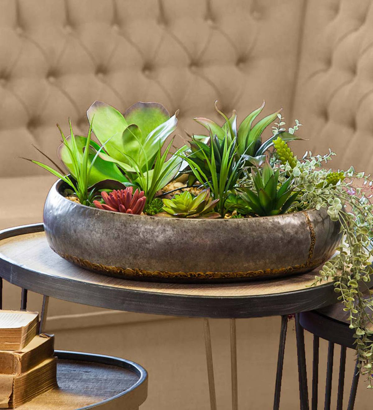 Nested Small Metal Planters, Set of 2