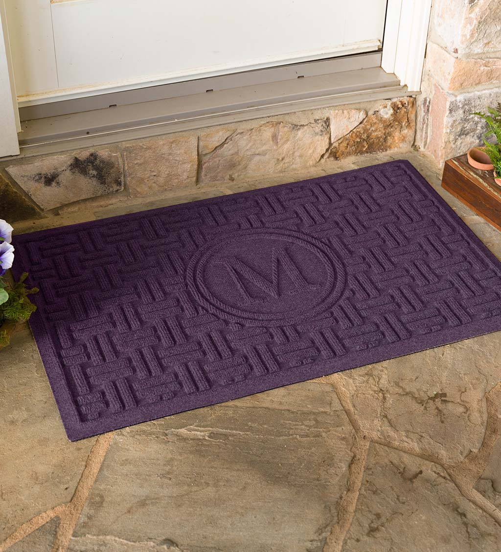 Waterhog Basket Weave Doormat with Single Initial, 2' x 3' swatch image