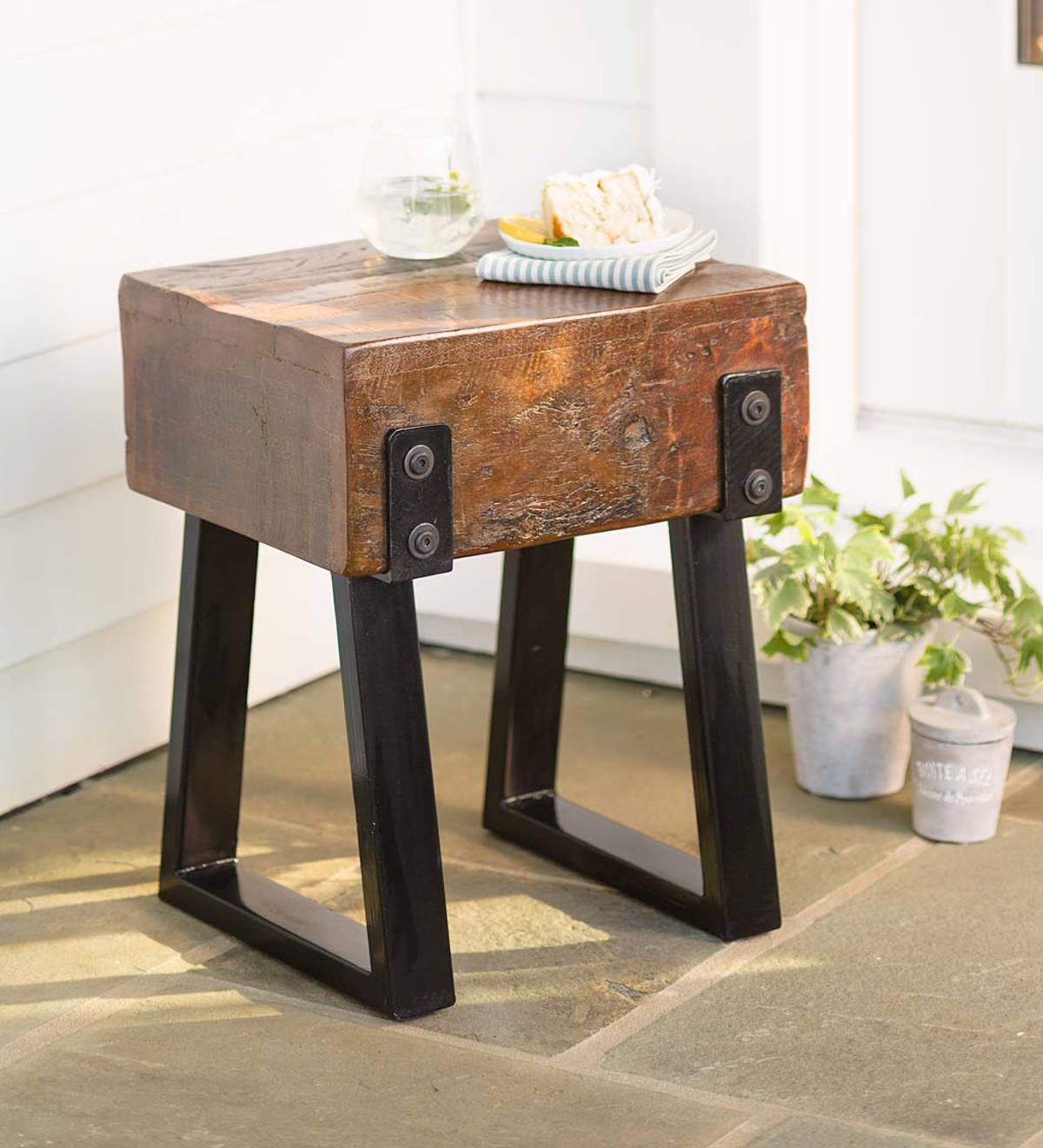 Richland Indoor/Outdoor Reclaimed Wood Stool/Side Table