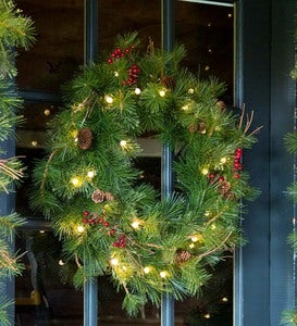 Indoor/Outdoor Blue Ridge Wreath with Battery-Operated Dual-Function Lights