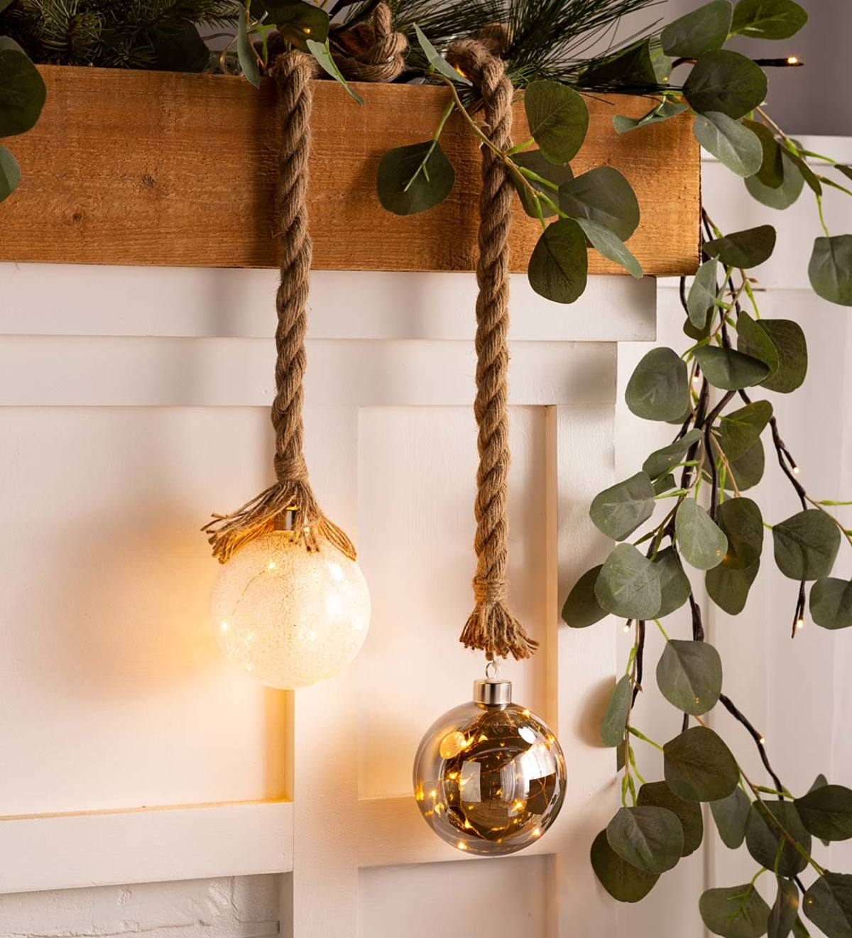 Indoor Lighted Ornaments With Hanging Rope and Integrated Timer