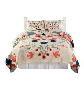 Full/Queen Ansley Folk Art Quilt Set in Cream - Cream