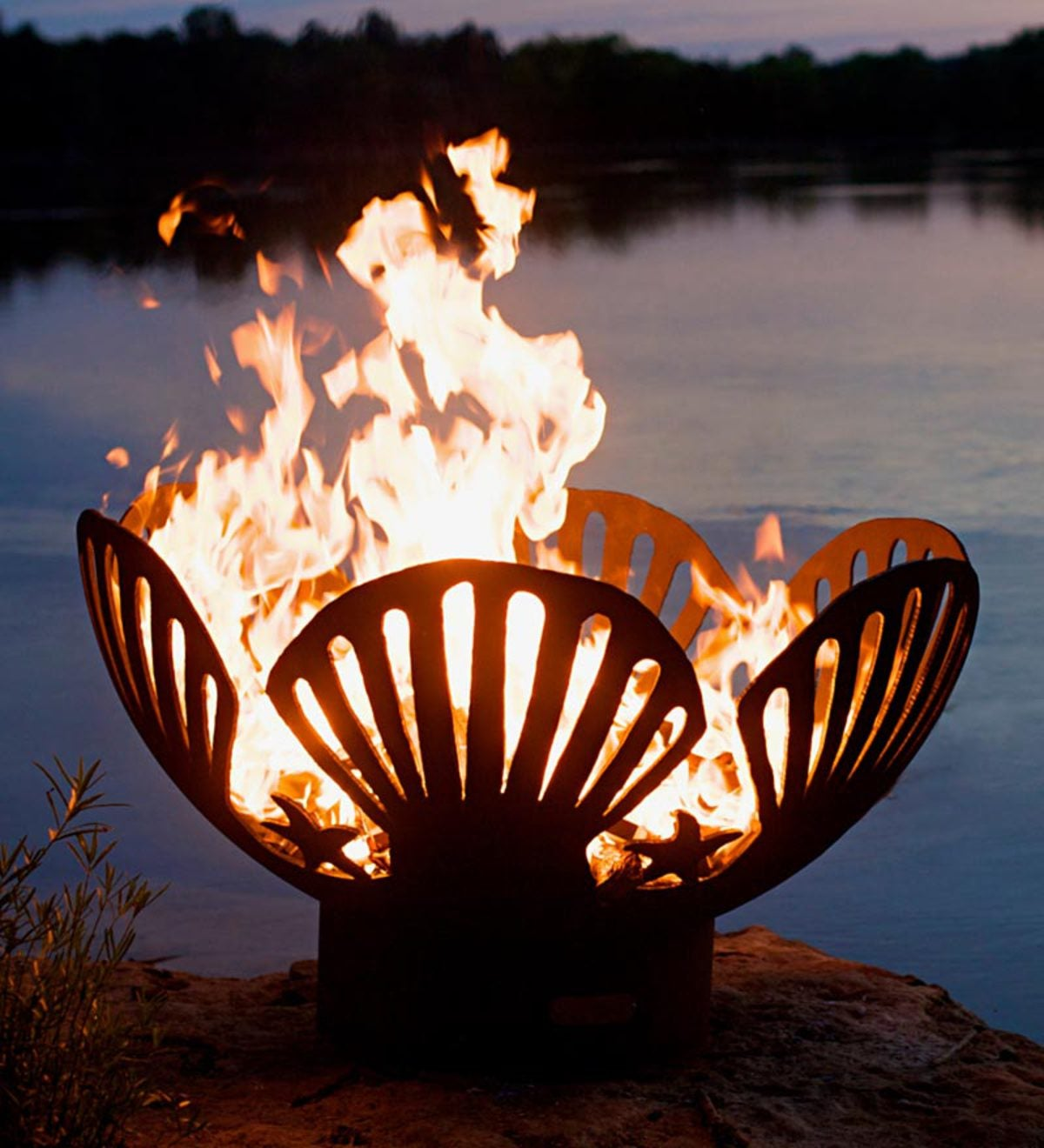 American-Made Firepit Art Barefoot Beach Seashells And Starfish Fire Pit