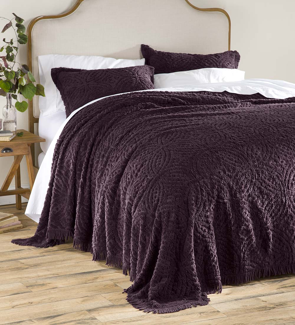 Wedding Ring Tufted Chenille Twin Bedspread